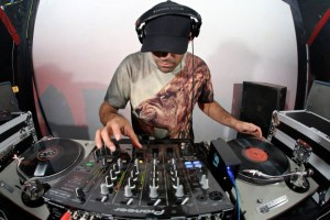 DJ Clutch