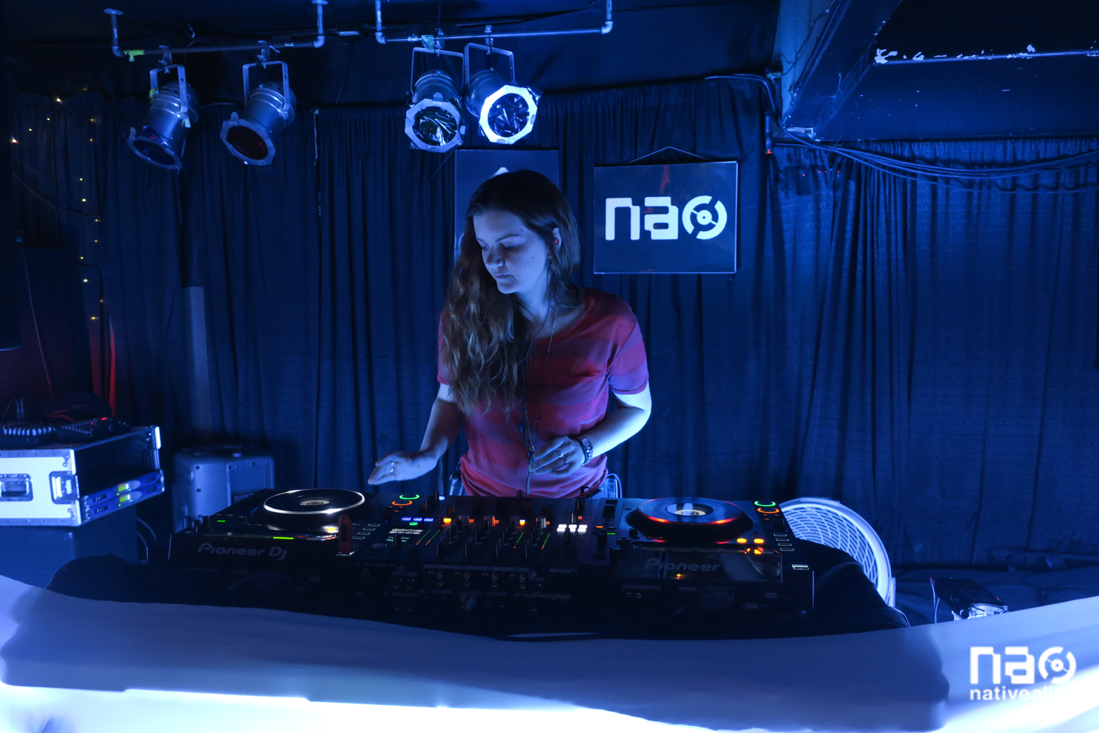House & Techno - October 8 w/ DJ Treavor Moontribe